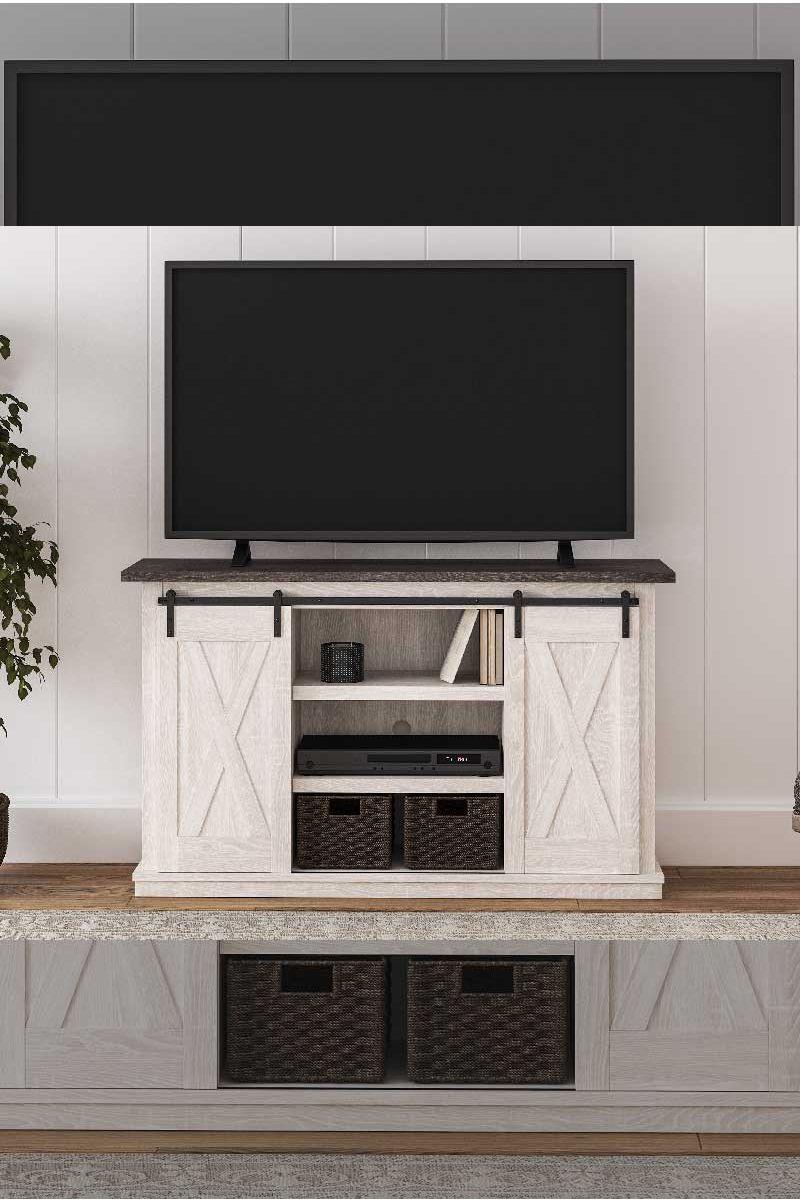 Dorrinson Medium TV Stand